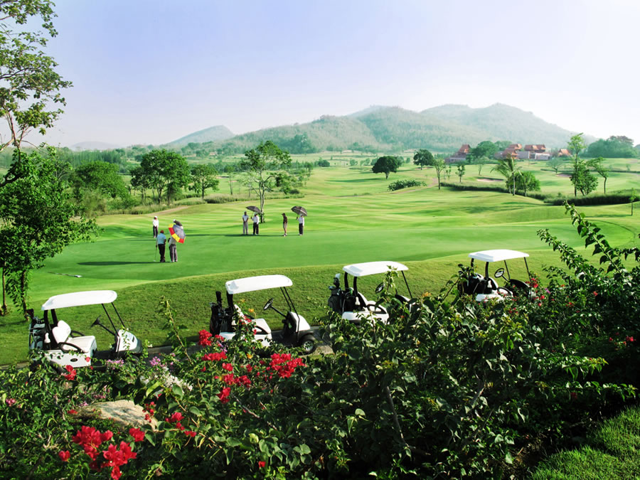 GOLF RESORT & GOLF CLUB MANAGEMENT